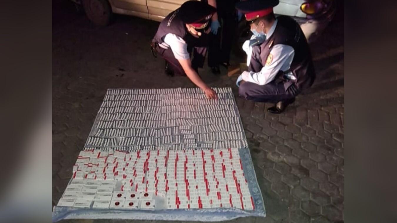За первый день рейдов по продаже лекарств по завышенным ценам в полицию был доставлен 21 человек