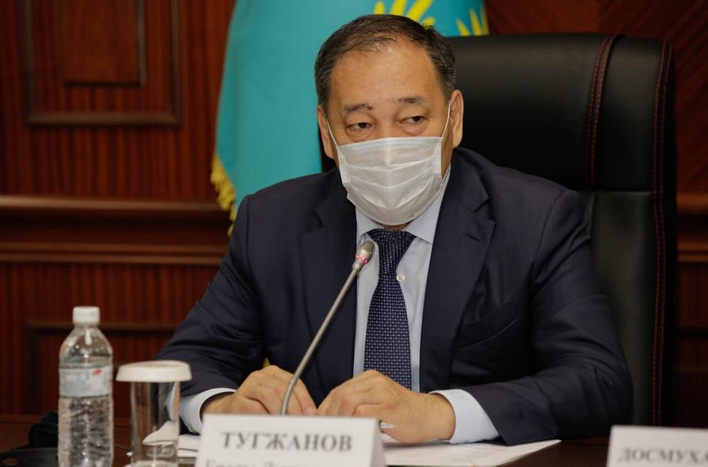 Махамбет Досмухамбетов представил информацию об эпидемиологической ситуации в Атырауской области