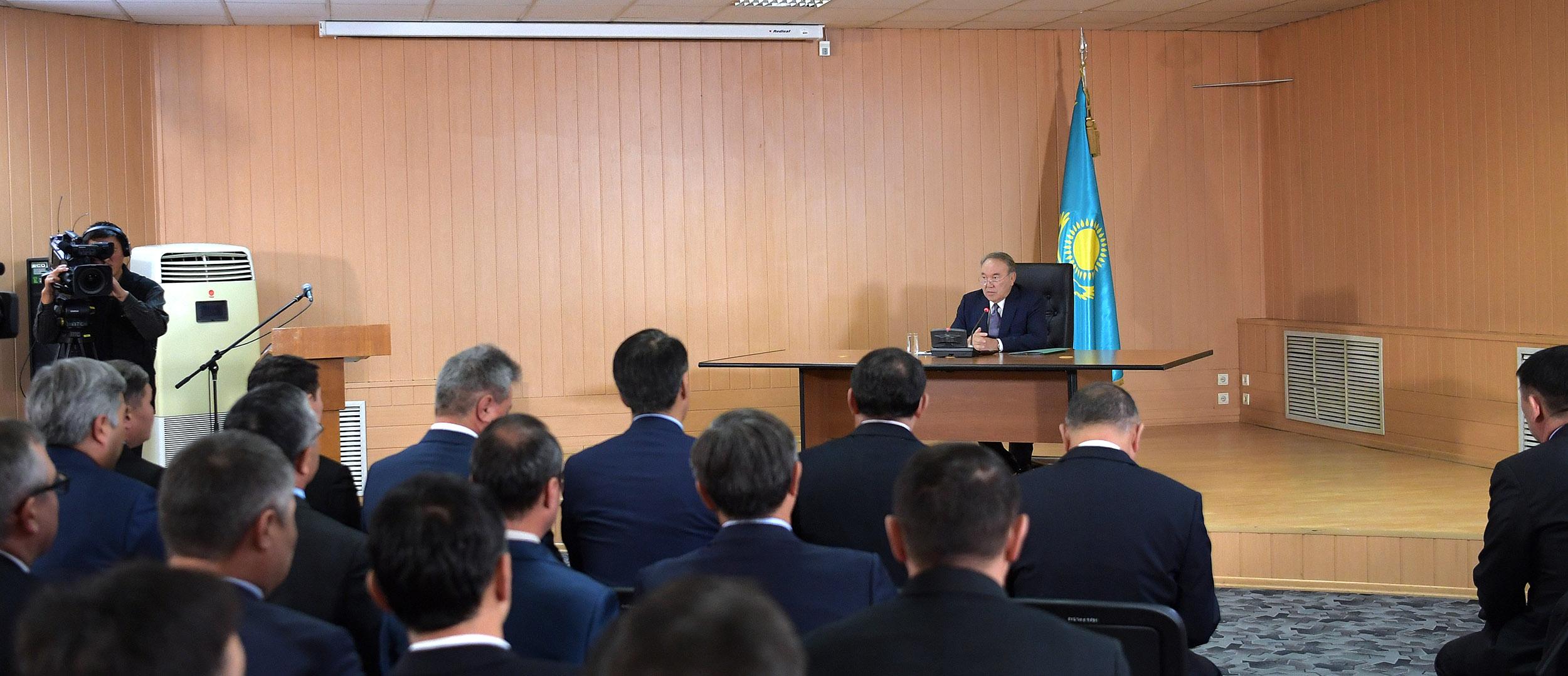 Назарбаев встретился с руководящим составом Службы внешней разведки РК «Сырбар», Назарбаев, Служба внешней разведки РК «Сырбар»