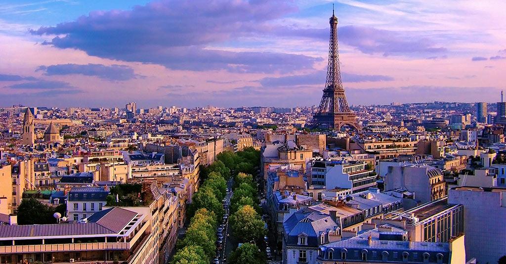 Париж халқы локдаунға қарсы