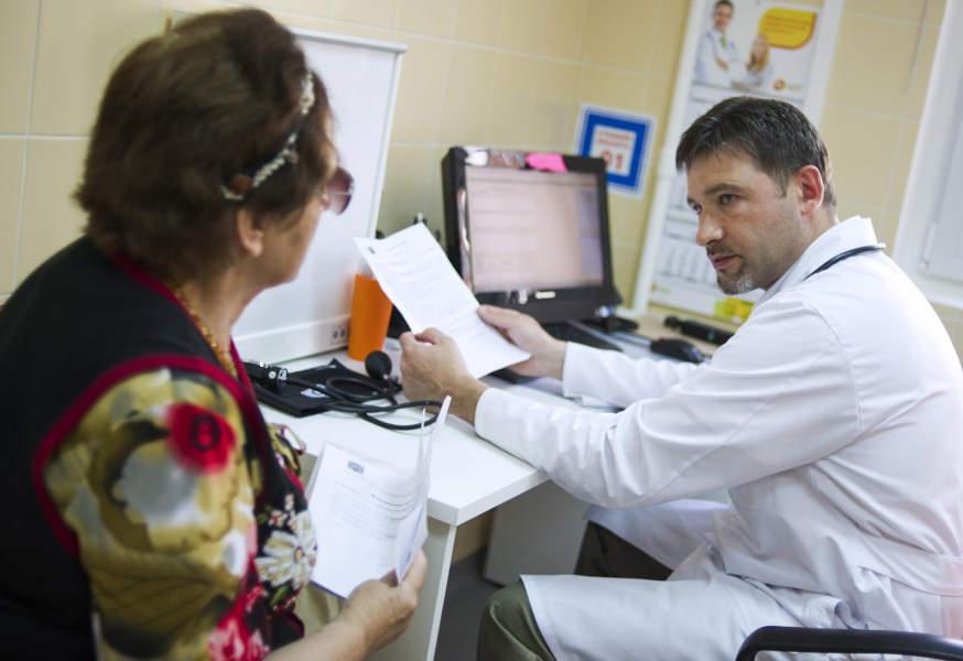В Казахстане снизили нагрузку на терапевтов, медицина, здравоохранение, медицинские услуги, Медобслуживание, ГОБМП, ОСМС, Медстрахование, ФСМС