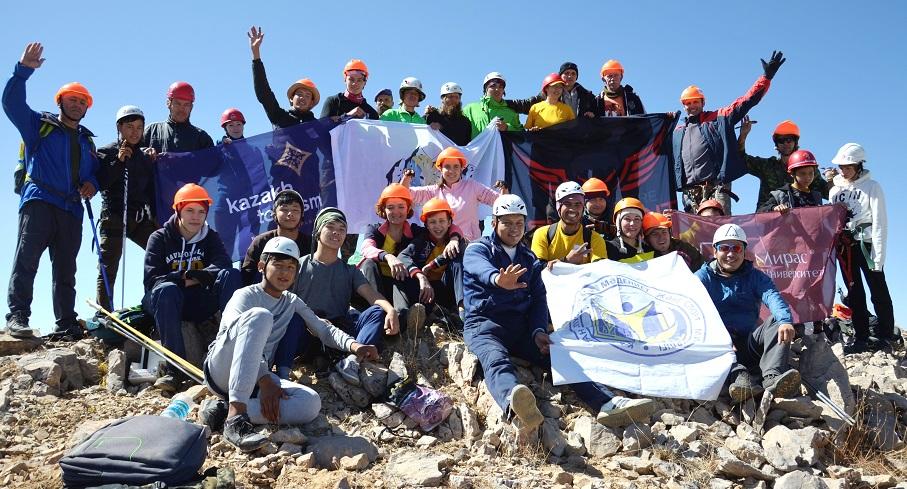 Аты жоқ шыңға «Астананың 20 жылдығы» атауы берілді , альпинист,Түркістан облысы, Сайрам-Өгем Ұлттық паркі, Астананың 20-жылдығы