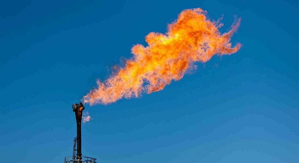 Цены на газ в Европе рухнули вдвое за месяц