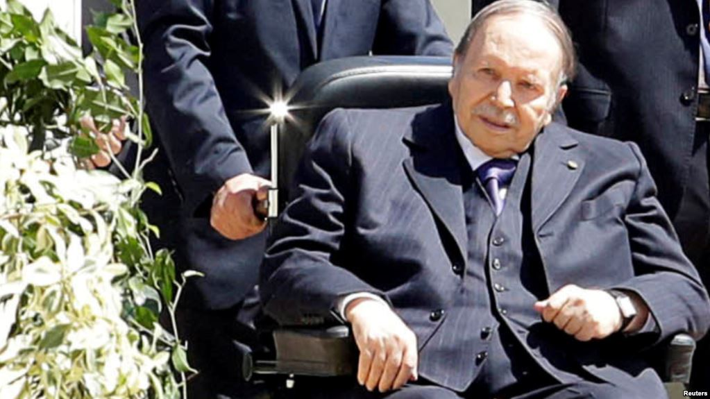 Алжир халқы 5-ші рет сайланбақ болған президентін тақтан тайдырды