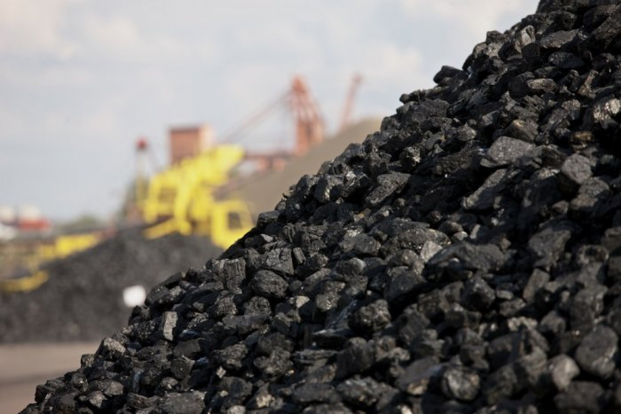Все регионы Казахстана обеспечены углём перед отопительным сезоном – Мининвестразвития, уголь, дефицит угля, Отопительный сезон,ЖКХ, ТЭЦ, Минэнерго РК