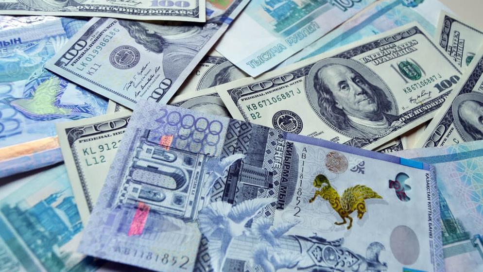 Инфляционно-девальвационная спираль для тенге?