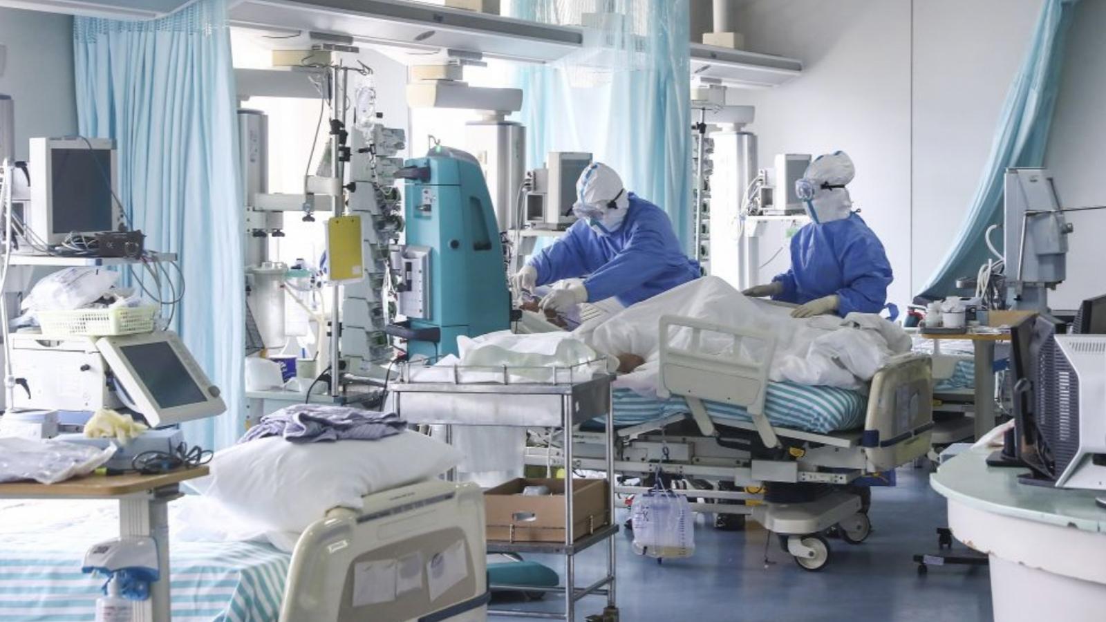 В Казахстане 214 пациентов с коронавирусом находятся в тяжелом состоянии