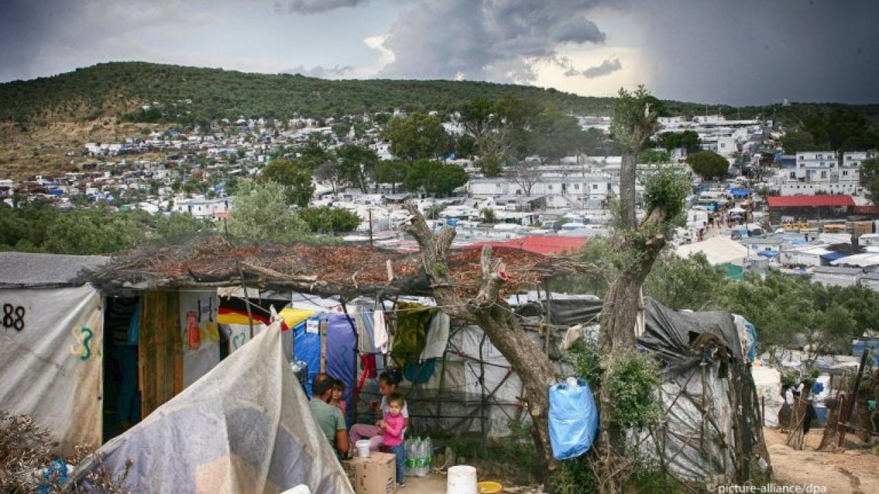 Грекияда 9 мың мигрантты қайта көшірді