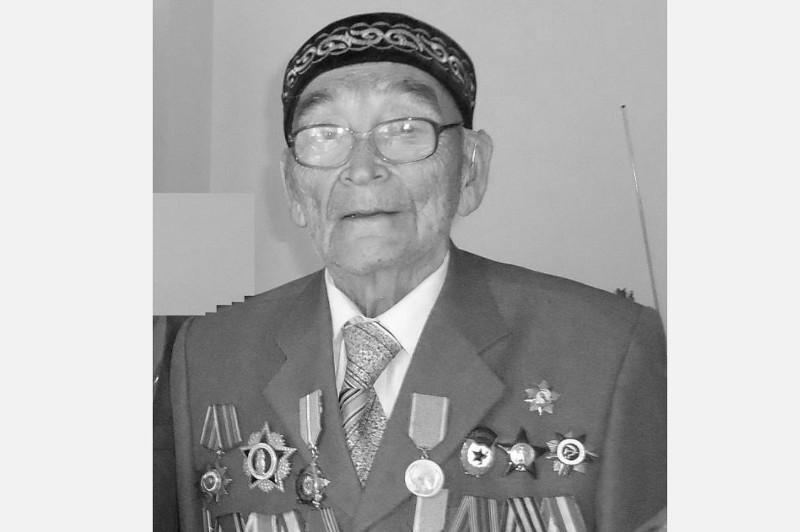 Ушел из жизни известный журналист, ветеран Великой Отечественной войны Бисултан Амангалиев