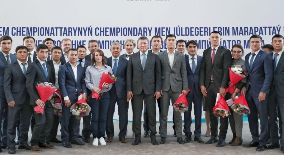 В Нур-Султане чествовали победителей и призеров чемпионатов мира