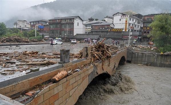 Қытайда көшкін салдарынан 9 адам қаза тапты