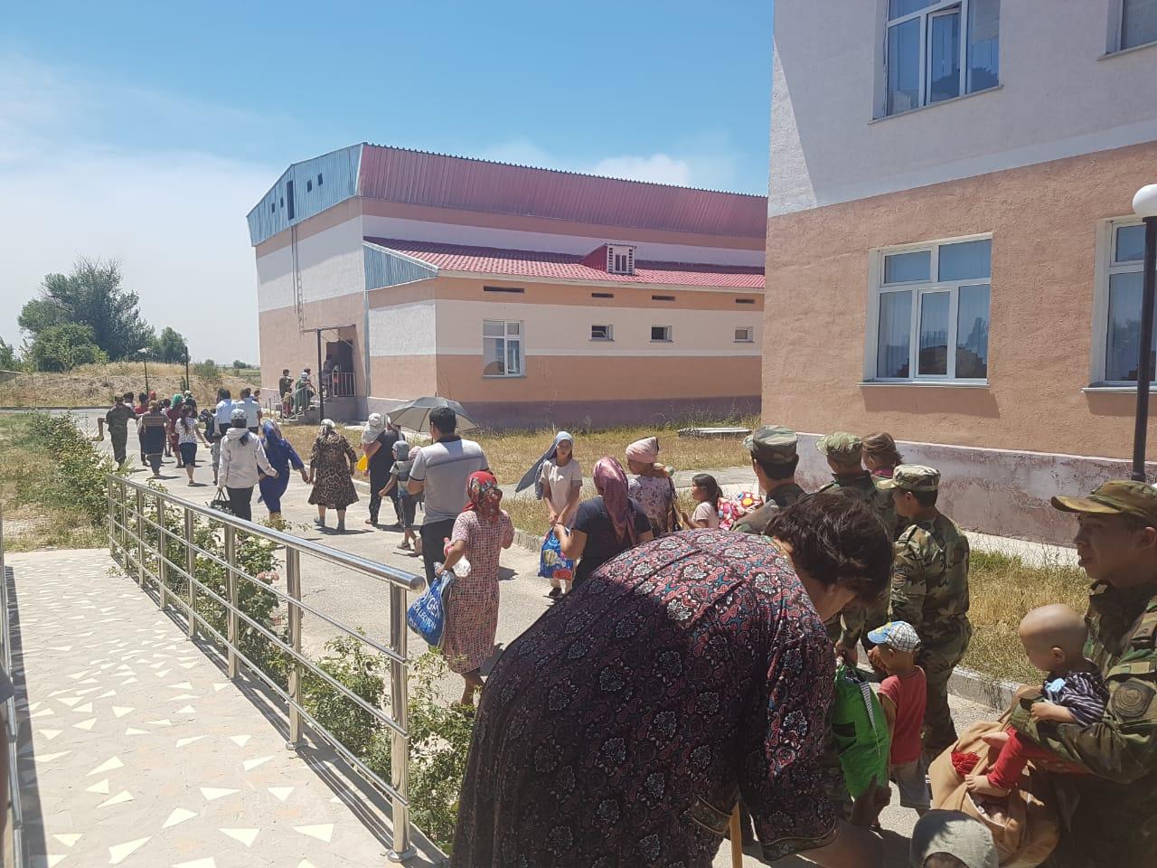 Где размещают детей, потерявшихся при эвакуации из Арыси