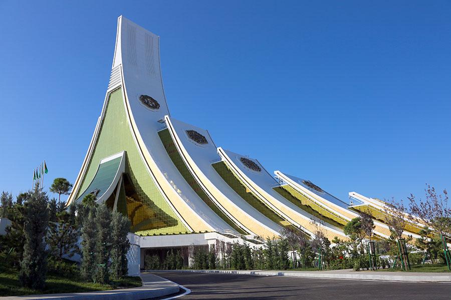 Главы Казахстана и Туркменистана считают необходимым объединить усилия для решения экологических проблем