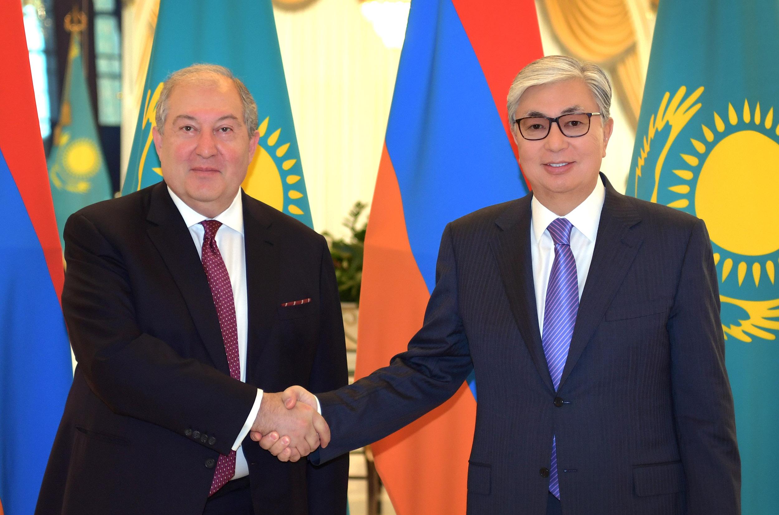 Президенты Казахстана и Армении намерены расширять сотрудничество в экономике