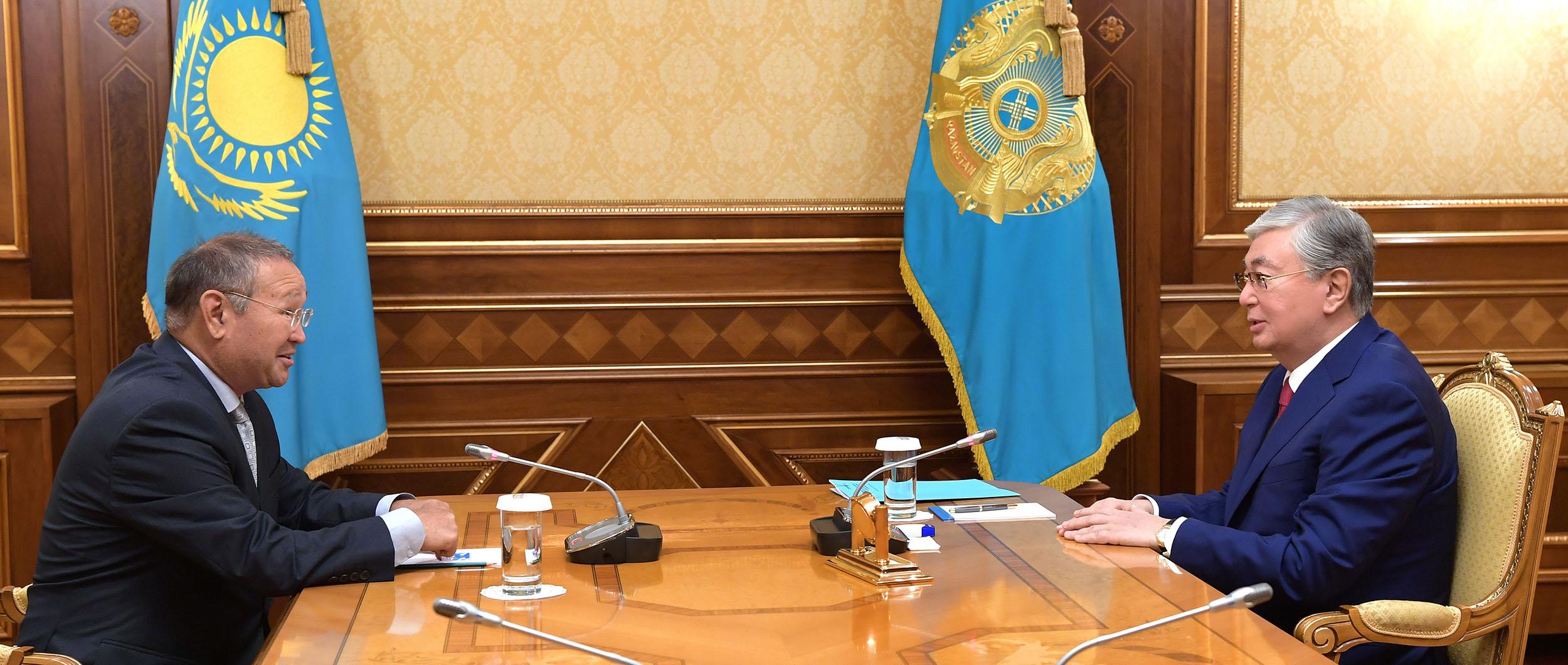 Зейнолла Самашев рассказал Касым-Жомарту Токаеву о раскопках стоянок в ВКО