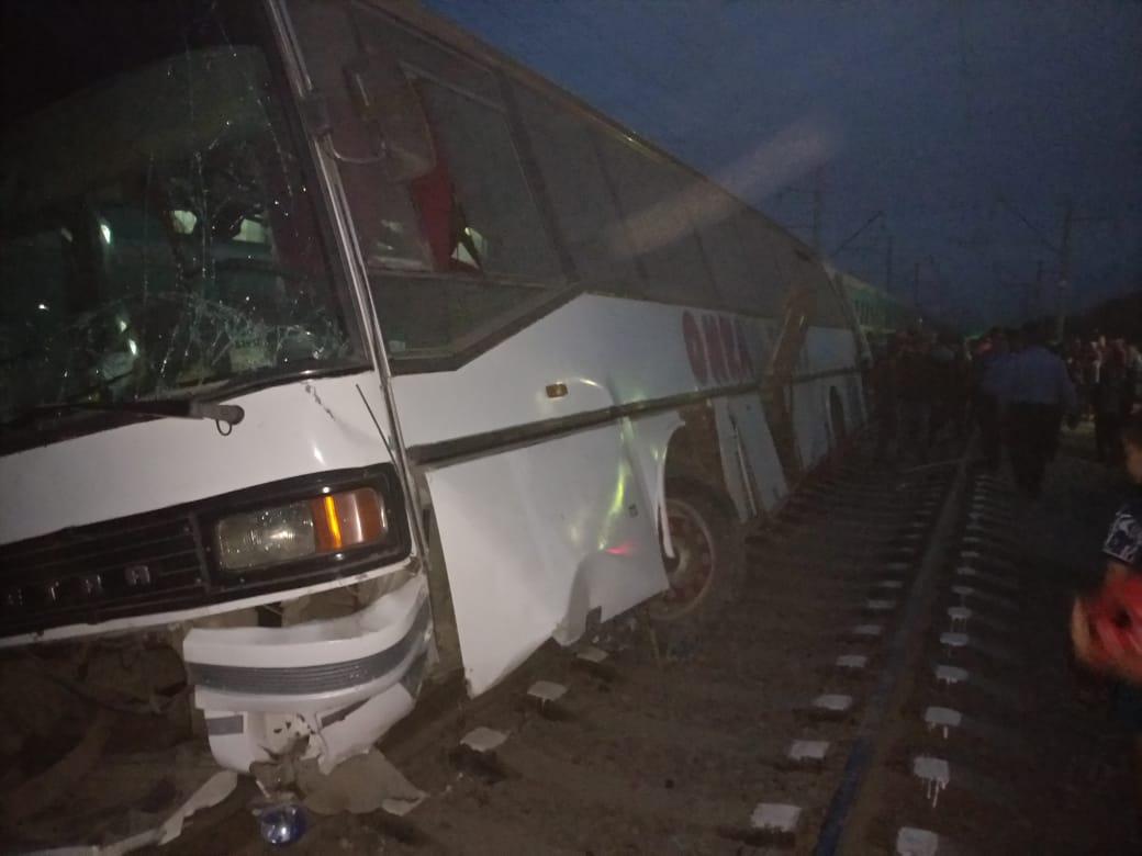 Алматы облысында автобус пен пойыз соқтығысты (Видео)