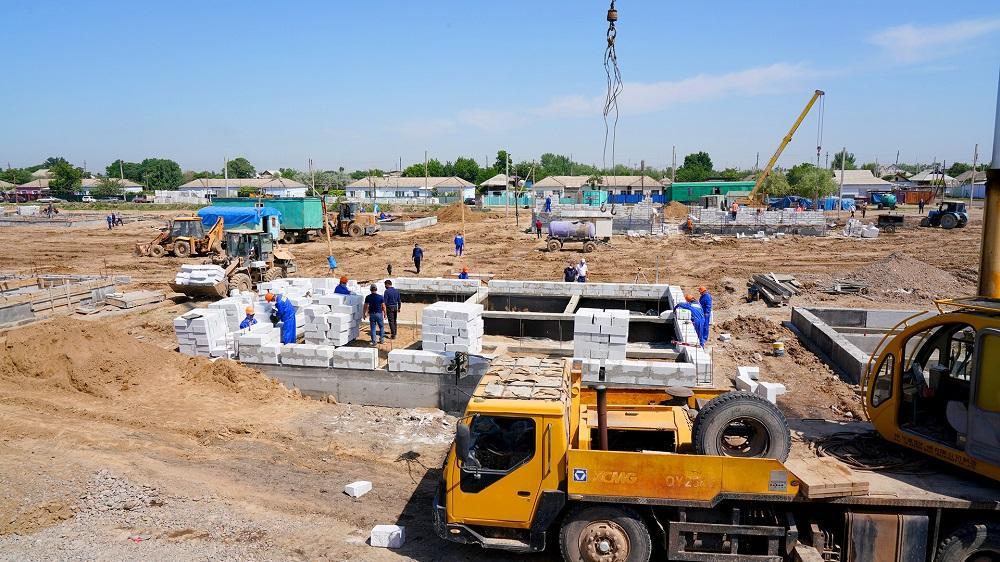 Аскар Мамин проинспектировал восстановительные работы в Мактааральском районе Туркестанской области