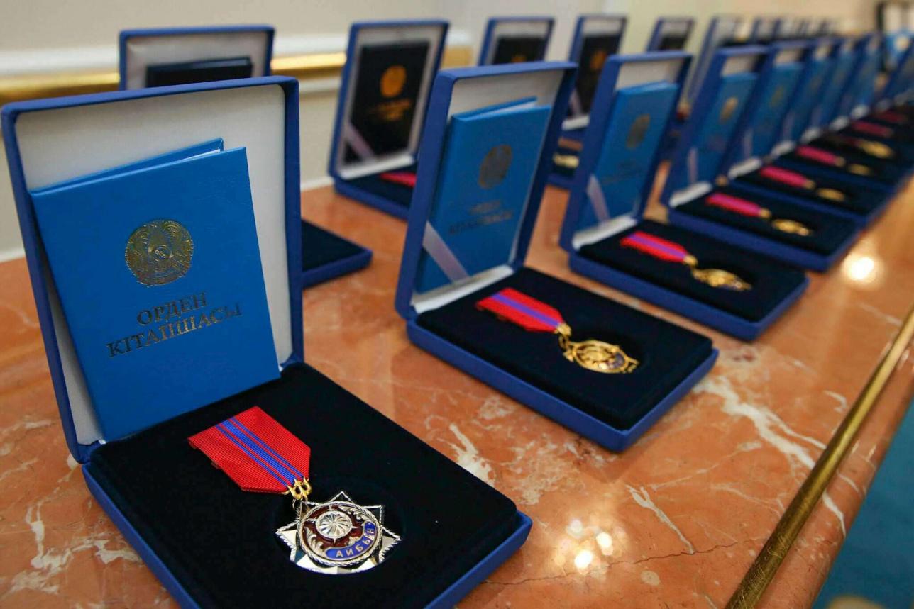 Накануне Дня независимости ряду казахстанцев присуждены государственные награды