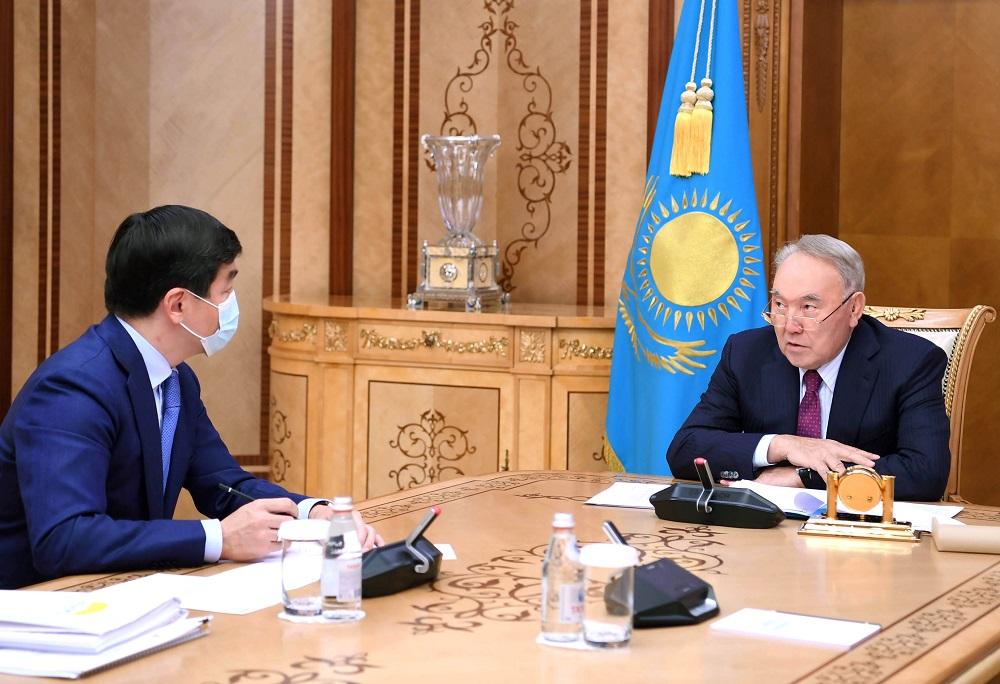 Нурсултан Назарбаев обсудил итоги проведения праймериз с зампредом Nur Otan