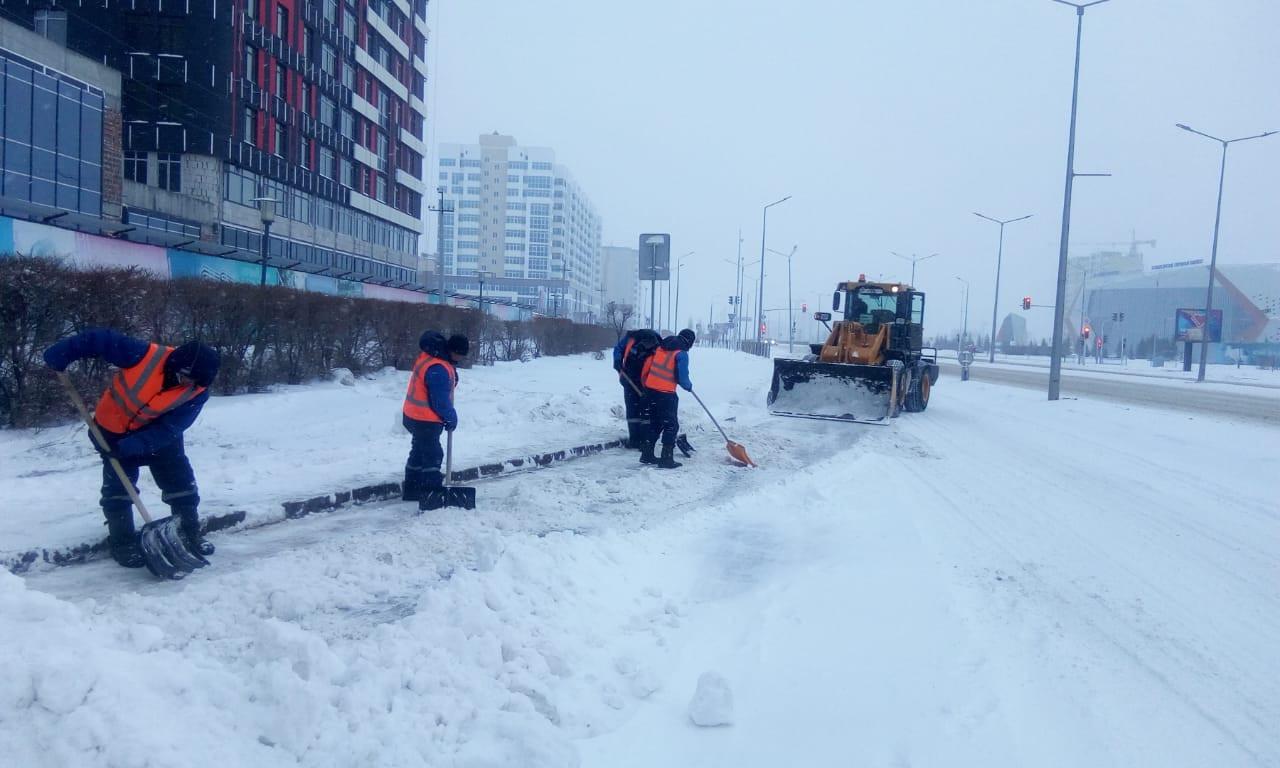 28,5 тыс. кубометров снега вывезено на полигоны столицы за минувшие сутки