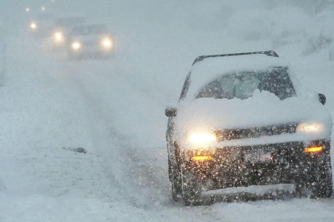 Более двух тысяч человек спасли из снежного плена за трое суток в Казахстане