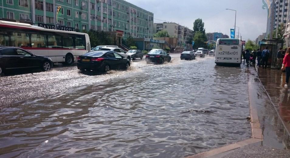 Бакытжан Сагинтаев: «Затопление Астаны уже стало привычным явлением», Астана, Дождь, затопление улиц, потоп, Инфраструктура, Бакытжан Сагинтаев, Асет Исекешев