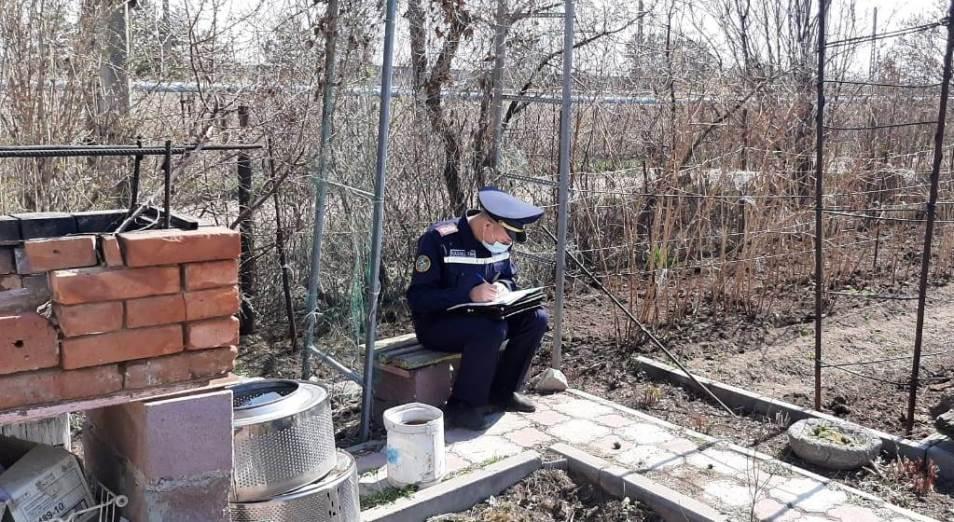 Павлодарские дачники требуют от властей разрешить выезд на свои участки