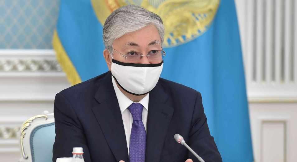 Глава государства провел встречу с волонтерами