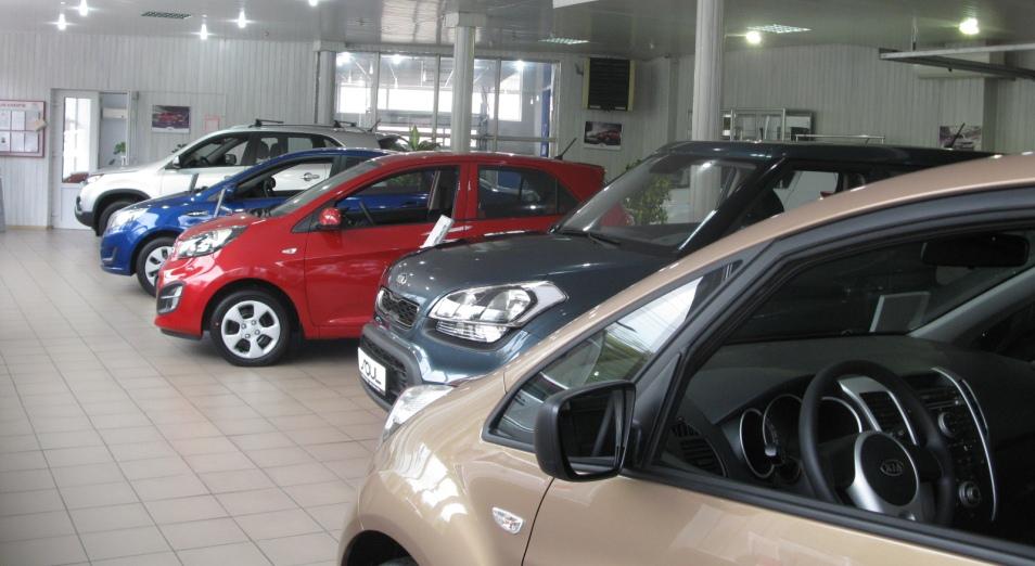 Автодилеры завершили полугодие в плюсе, автомобили, Авторынок, Ассоциация казахстанского автобизнеса, продажа автомобилей, АКАБ, КазАвтоПром
