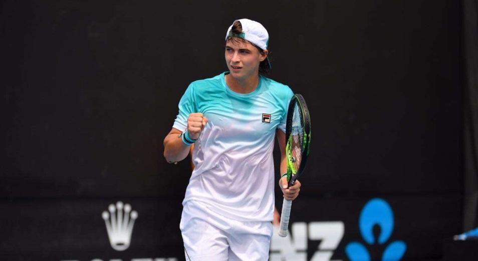 Скатов вышел в одну четвертую финала юниорского парного разряда Wimbledon