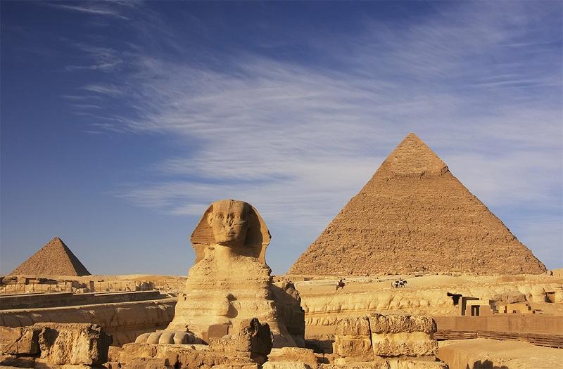В Египте начали санобработку пирамид Гизы из-за коронавируса
