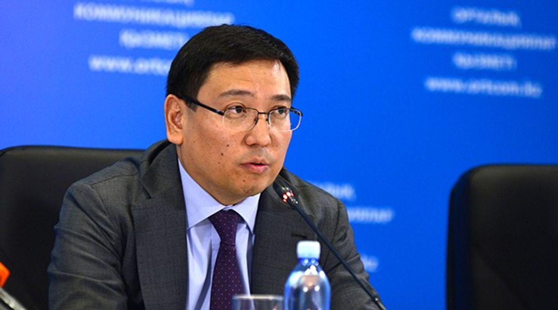 Глава Нацбанка: «Падение тенге сдерживается ростом цен на нефть»