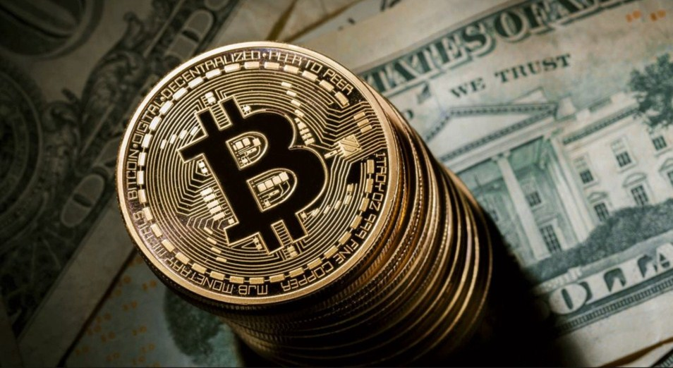 Каким будет курс биткоина?