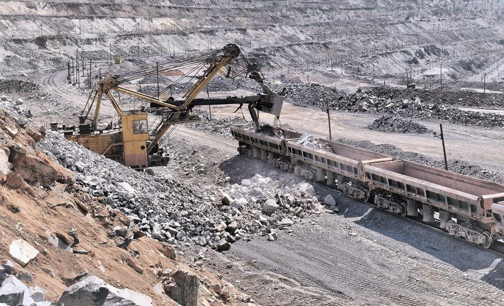 Производство в добывающей промышленности ушло в минус