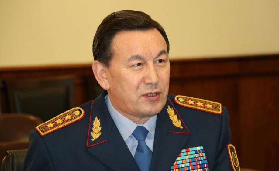Три тысячи сержантов полиции переведены на должность офицера, полиция, МВД РК, сержанты, офицеры, Калмуханбет Касымов, зарплата, коррупция