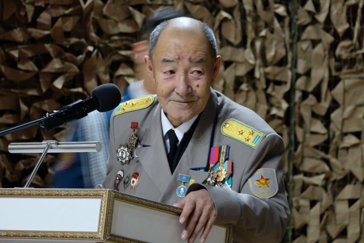 В Казахстане скончался легендарный комбат по прозвищу Кара майор     , Казахстан, Комбат, Кара майор, Минобороны