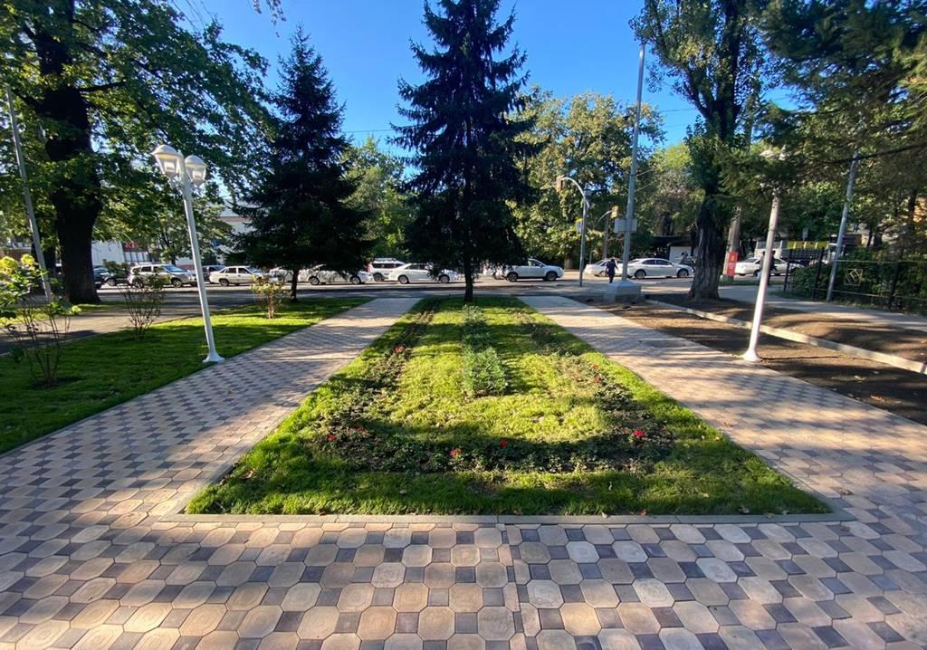 В Алматы ко Дню города завершены работы по реконструкции трех скверов в рамках ДКЗ
