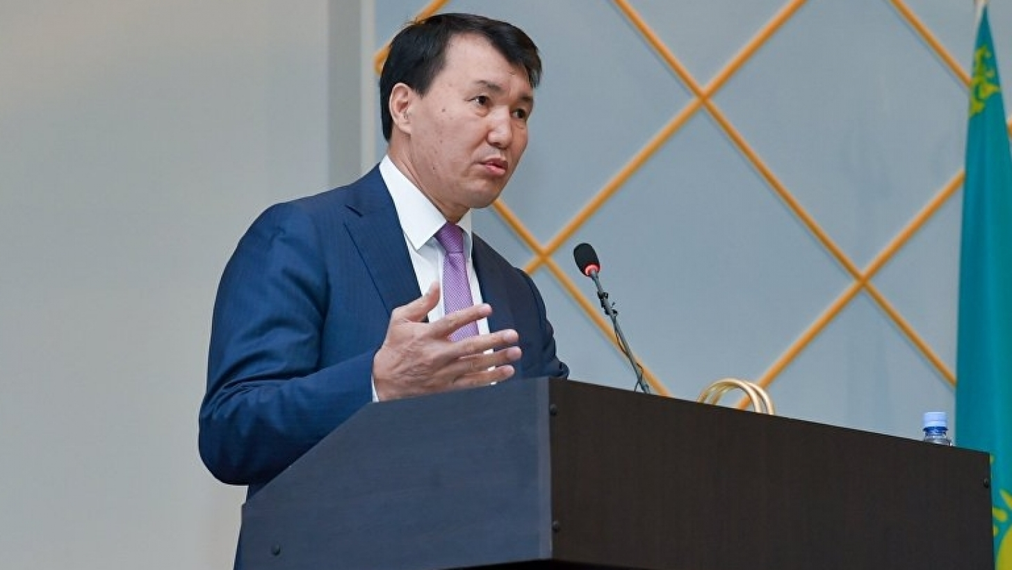 В Казахстане приватизировано чуть более 1% гособъектов    , Казахстан, Приватизиция, Алик Шпекбаев