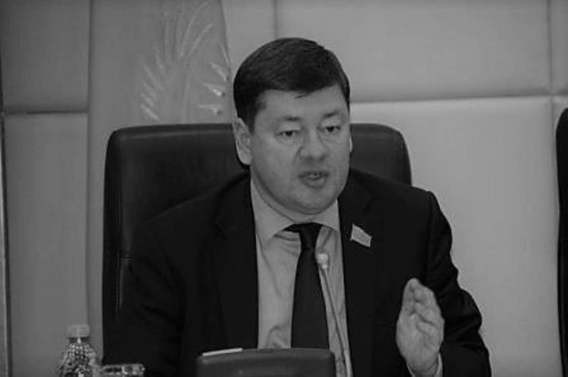 Умер депутат мажилиса Глеб Щегельский
