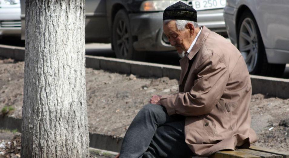 Более 900 тысяч пенсионеров получат стопроцентную пенсию, пенсия, ЕНПФ, Базовая пенсия