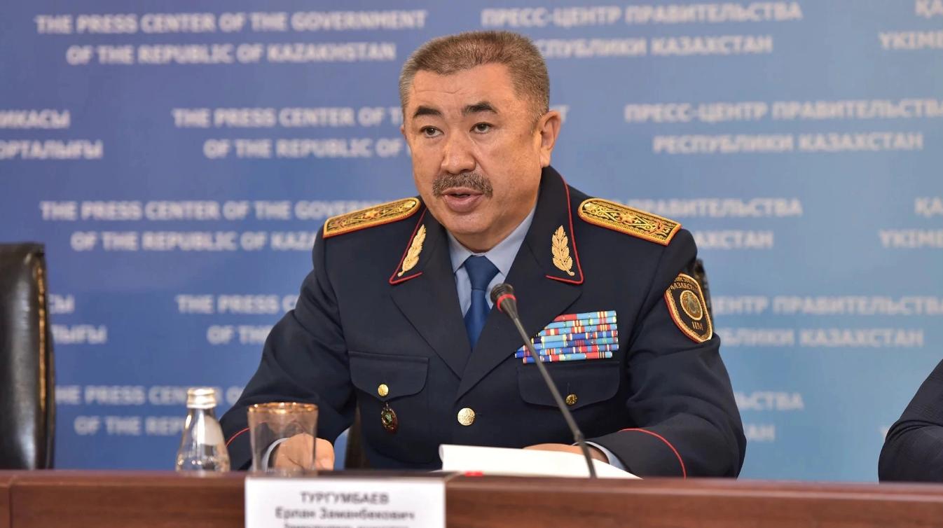 Причину смертельного ДТП с участием трех автобусов в столице еще выясняют – глава МВД