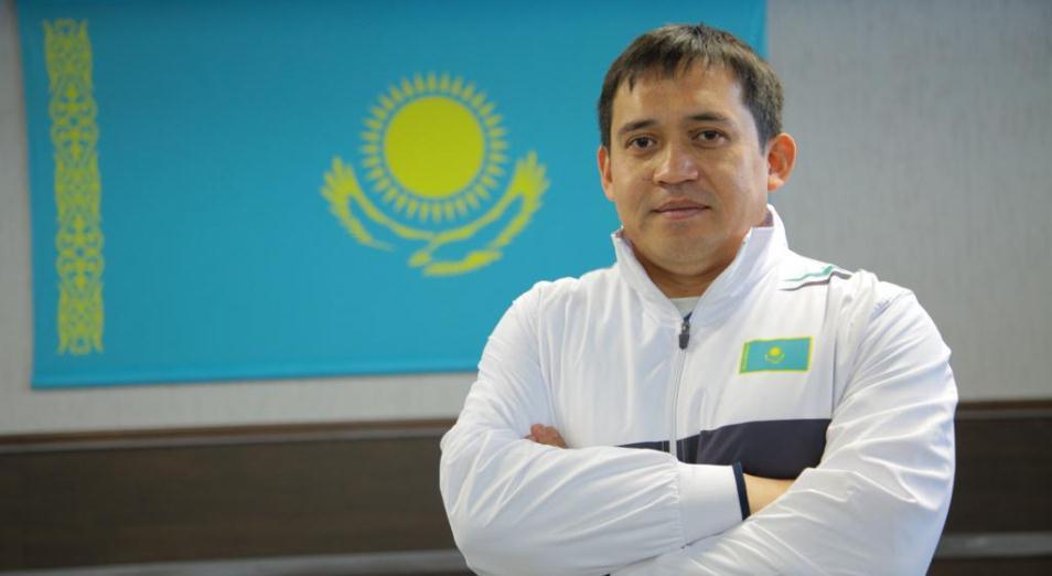 Наставник казахстанских тяжелоатлетов рассказал о слагаемых успеха на турнире в США