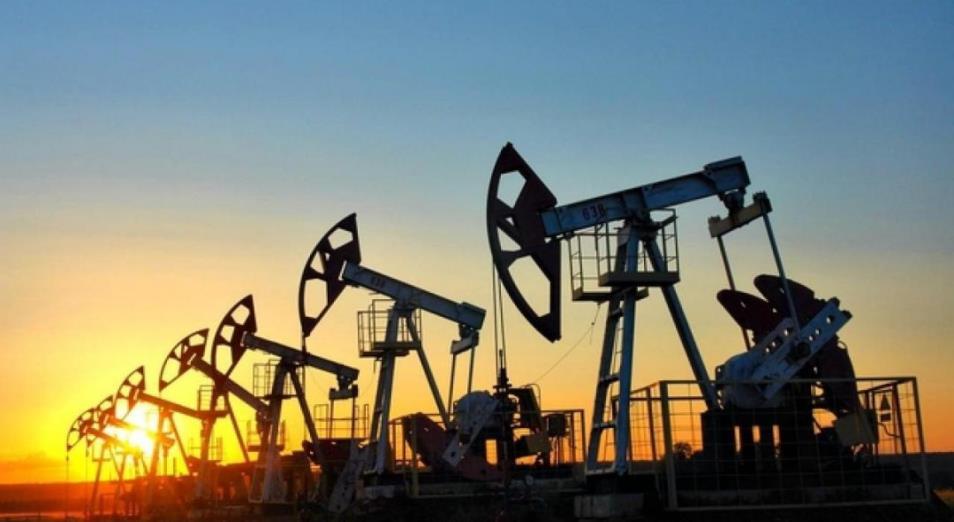 Нефть растет в день выборов президента США
