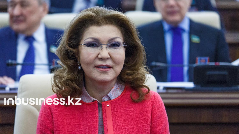 Дарига Назарбаева призвала поддержать медработников