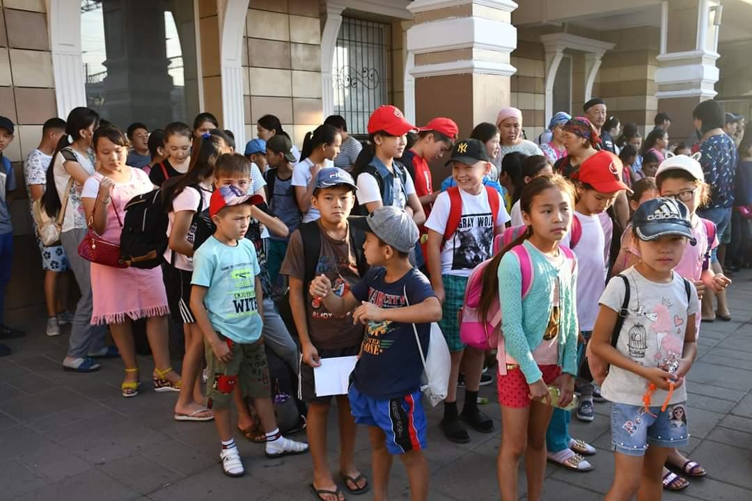 340 арысских детей отправились в летние лагеря
