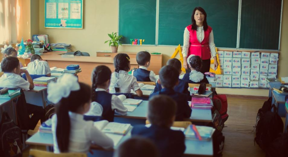 В Павлодарской области не хватает учителей на русском языке