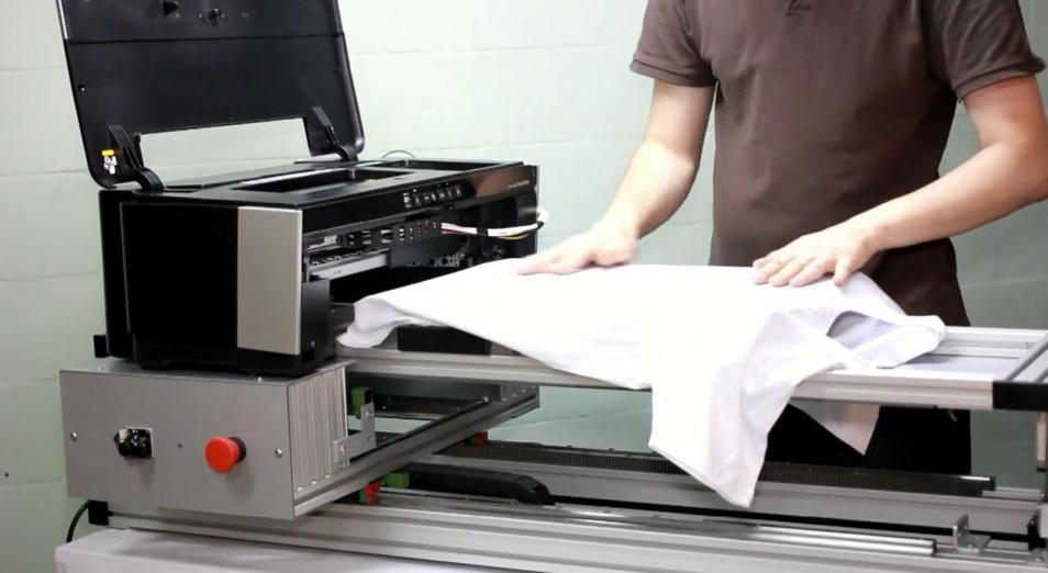 Антиковидные футболки выпустили в Кыргызстане