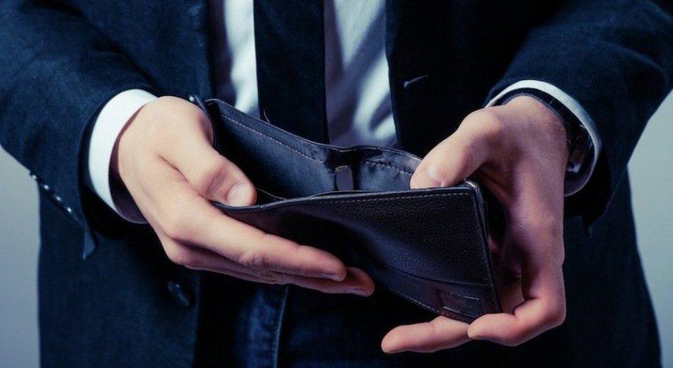 Реальные зарплаты остаются в минусе, зарплата, Нацбанк РК, Пенсии, Halyk Finance, Безработица, Самозанятые, кредитование