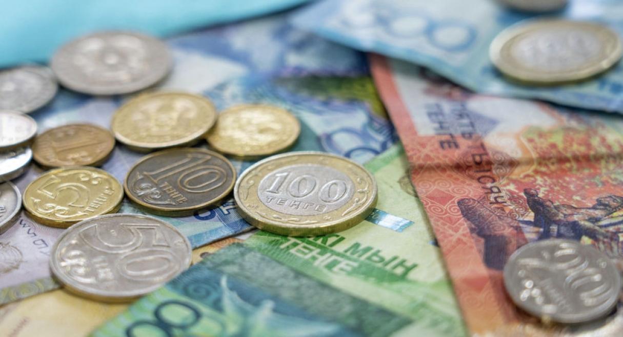Курс тенге к доллару установил новый антирекорд
