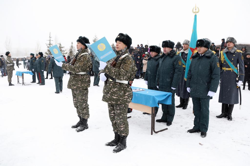 В День Первого президента молодое пополнение Вооружённых сил приведено к военной присяге